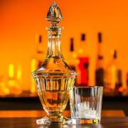 Karaffe und Whiskyglas