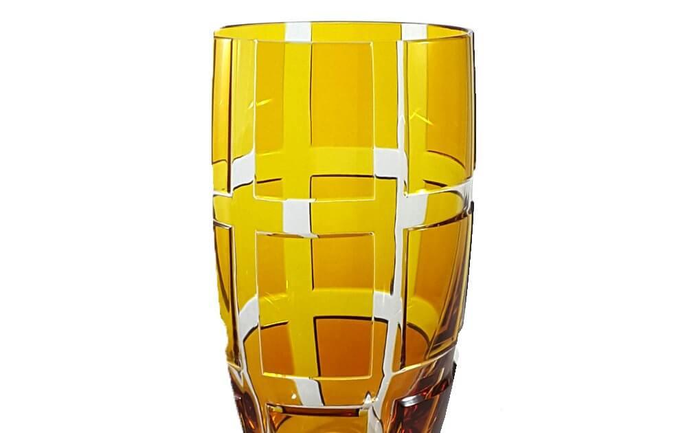 Becher-amber-Quadro