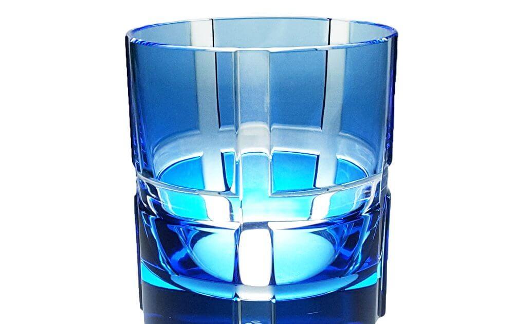 Whiskybecher bunt hellblau