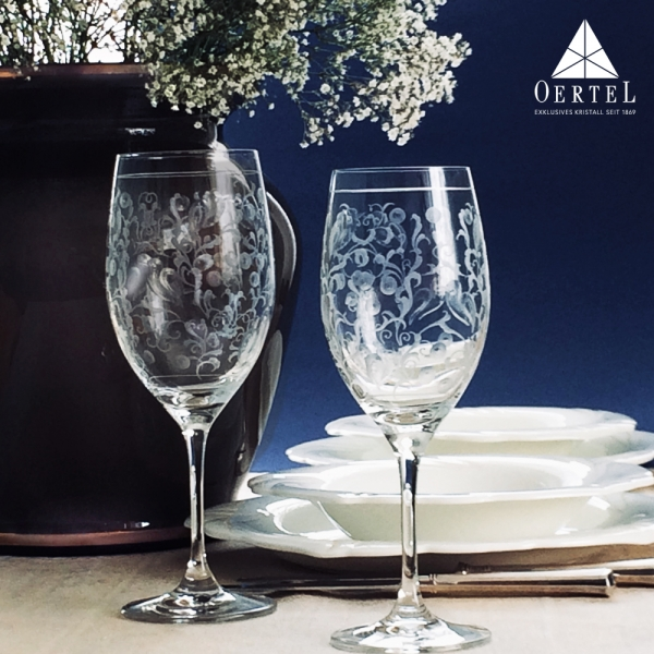 Engraved wineglass oertelcrystal