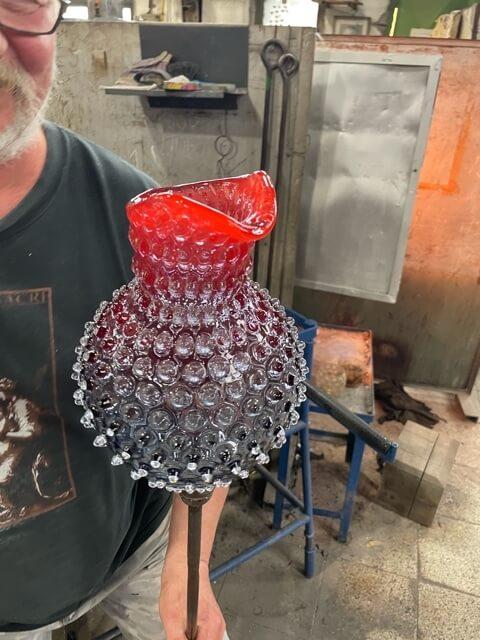 Formen einer Schnauze am Glaskrug